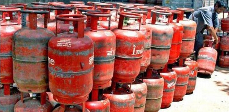 'LPG Price Hike: Cooking gas cylinder to cost Rs 794 in Delhi as rates up by Rs 25'