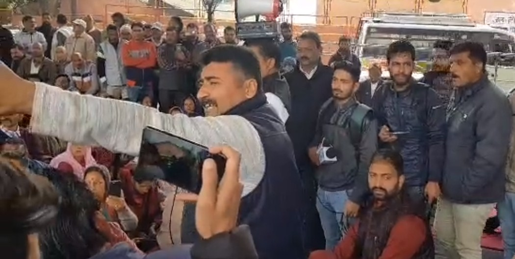 'Dozens detained at panchayat members'' rally in Jammu'
